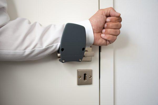 """Hands-free door opener """"Clean 4 Health"""""""